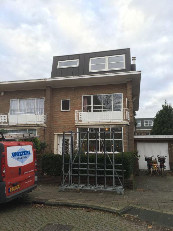 HR+ veiligheidsisolatieglas in stalen kozijn Amsterdam Zuid